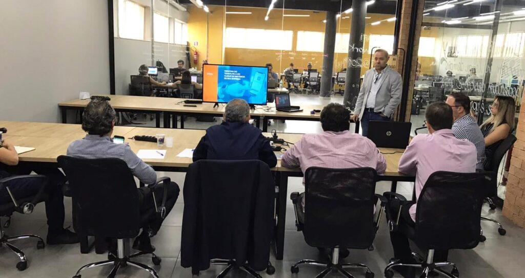 momento de avaliação de startups no Angel Summit