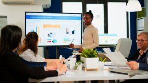 aceleradora, incubadora e venture builder